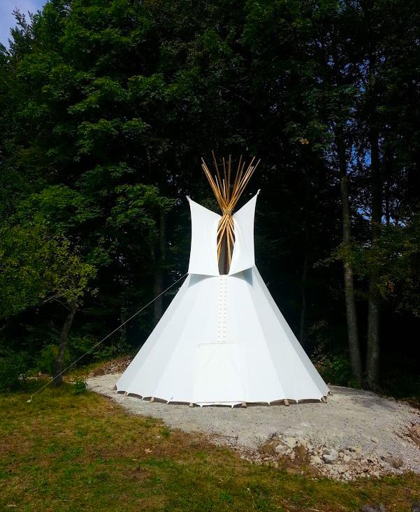 Bjeli indijanski šator